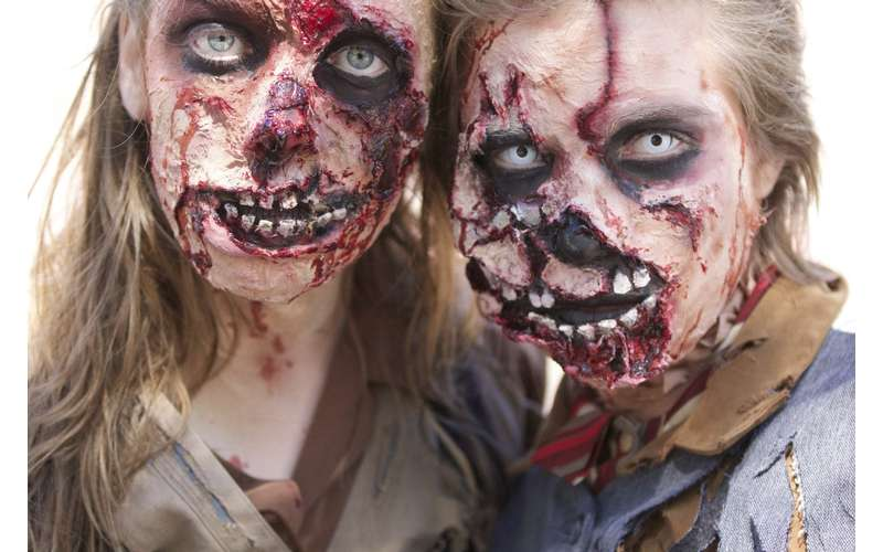 girl and boy zombie