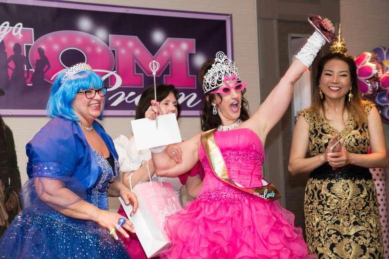 Saratoga Mom Prom Queen 2019