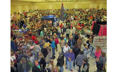 Saratoga Holiday Craft Marketplace at Saratoga City Center
