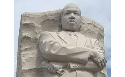 picture of Martin l King statue in Washington DC