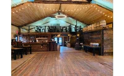 The Saratoga Winery Wine Barn