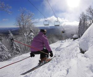 woman skiing at gore mountain