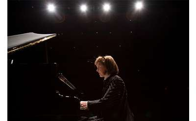 pianist performing