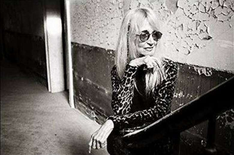 Photo of Lyn Lifshin