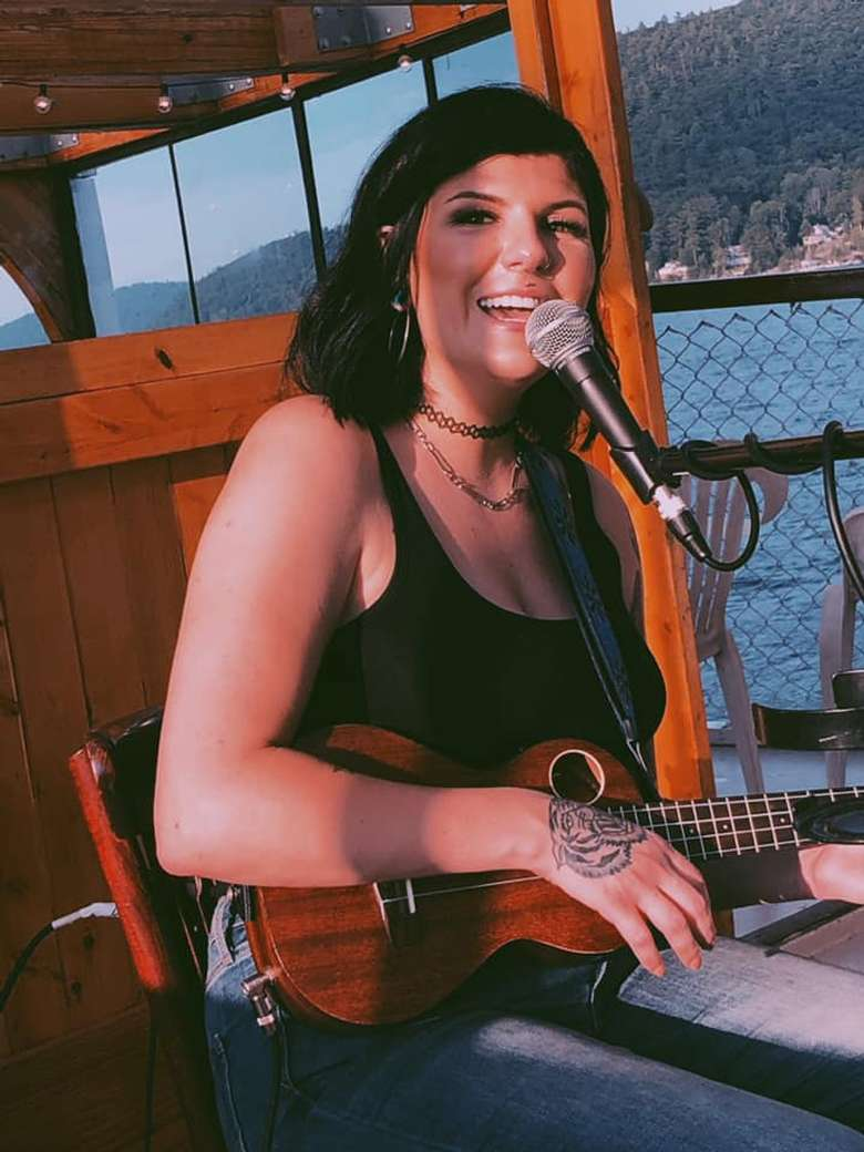 Gabby Hammond to Perform at Ledge Rock Hill Winery