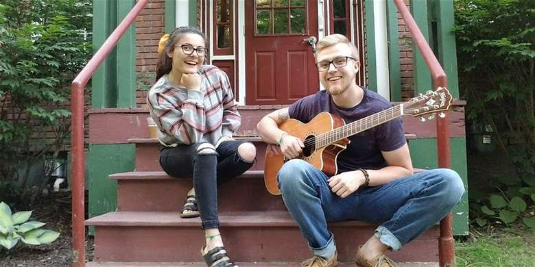 Natalie & Andy Perform at Ledge Rock Hill Winery
