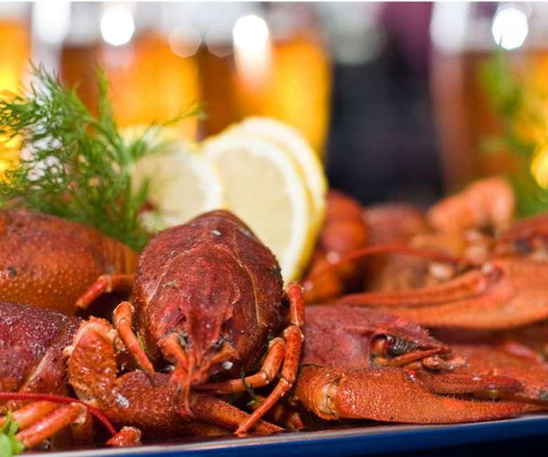 crawfish plate