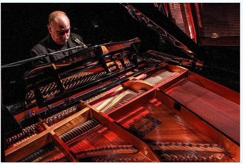 """John Cozolino,Is """"Billy Joel"""" Authentic In Looks ,Sound ,Style . Only $30 in Advance"""