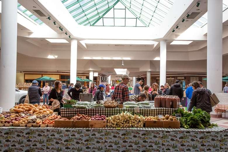 Winter market 2019/20, photo by Pattie Garrett