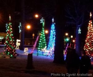 holiday lights in lake george village