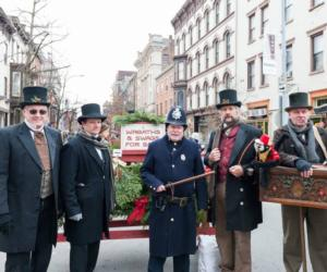 victorian stroll dressed up people