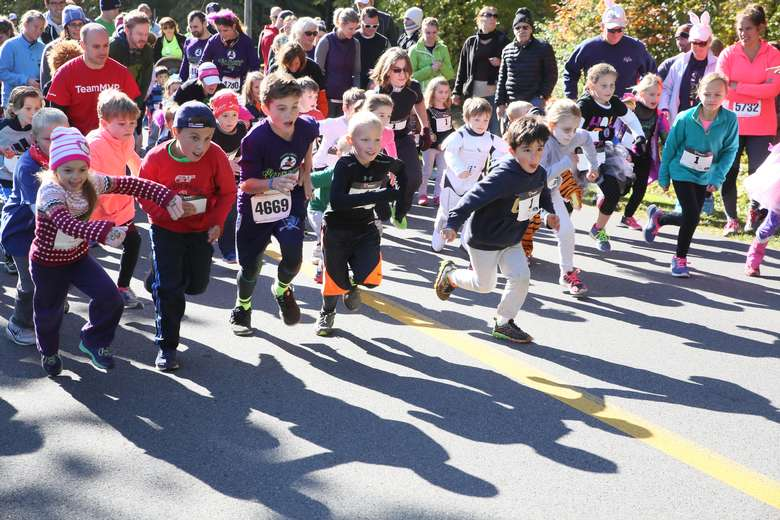 kids starting a race
