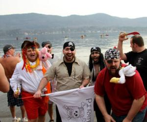 polar plunge participants dressed as pirates