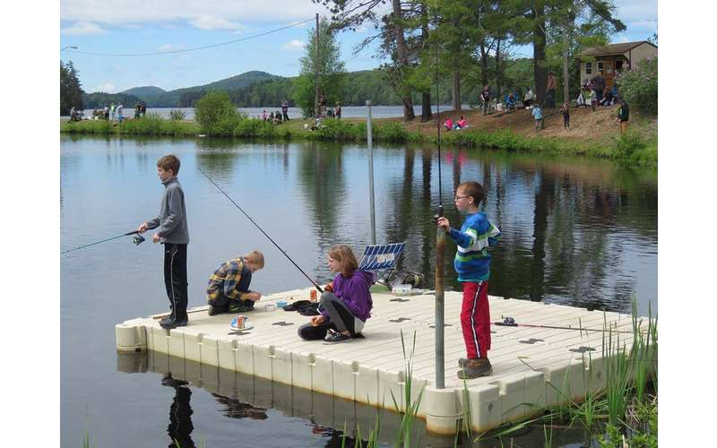 kids fishing from dock