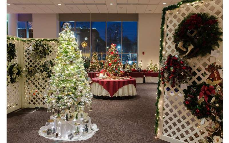 trees and holiday wreaths display