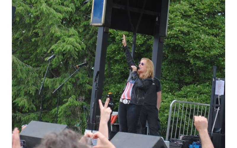 performer at capital pride
