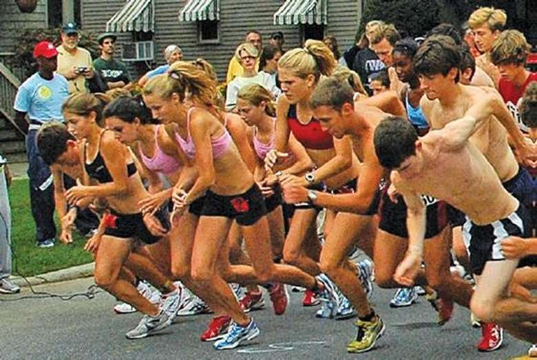 runners taking off