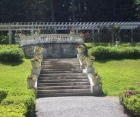 yaddo outdoor steps