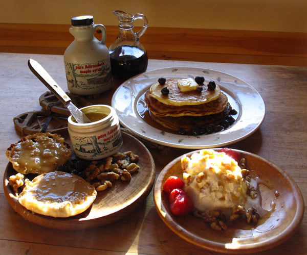 breakfast foods and maple syrup