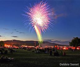 summer fireworks lake george