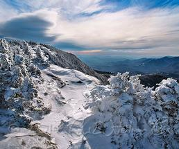 adirondack mountain summit in winter