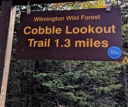 trail sign Cobble Lookout