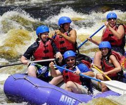 people whitewater rafting