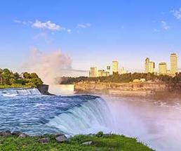View of Niagara Falls from the American side