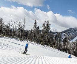 skiers at gore