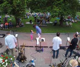 concert in congress park