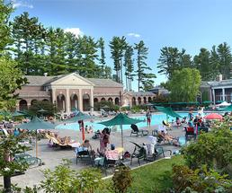 people at victoria pool in saratoga spa state park