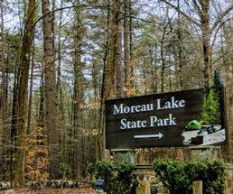 Moreau Lake State Park sign