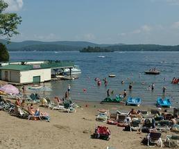 beach and beachgoers at depe dene resort