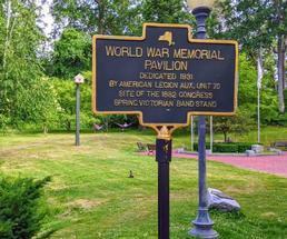 world war memorial sign