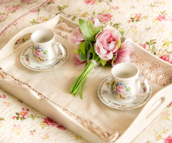 Bed and Breakfast tray with flowers