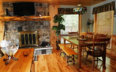 dining room table in log home