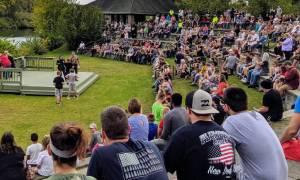 event crowd
