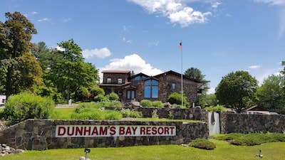 exterior image of Dunham's Bay Resort